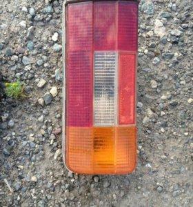 Задний правый фонарь ваз 2106