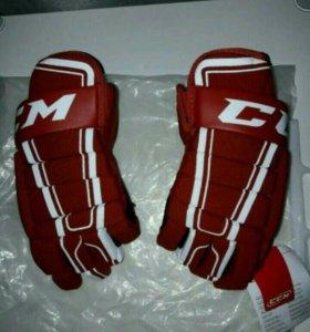 Перчатки хоккейные CCM