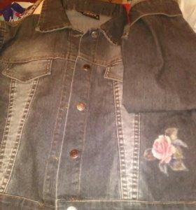 Джинцовая куртка