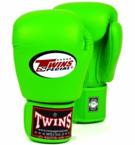 Перчатки боксёрские Twins
