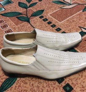 Продам туфли, 42 размер. Б/у один день. Холмск.