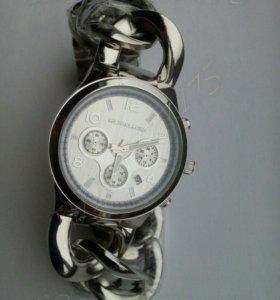 Часы женские Michael Cors
