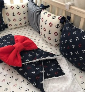 Набор текстиля в кроватку