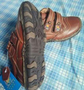 туфли-кроссовки,новые,р.30,кожа