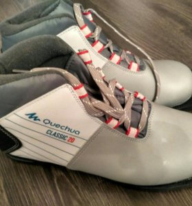 Новые лыжные ботинки, 38 р