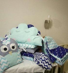 Подушки-бортики , комплект для детской кроватки.