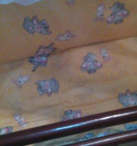 Детская кроватка (полный комплект)