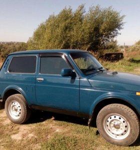 Lada 212140