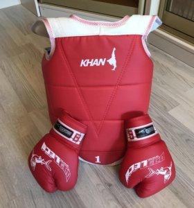 Защита и перчатки бокс