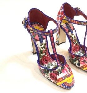 Ремонт и реставрация обуви,сумок