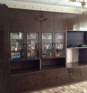 Мебельная стенка из 5 секций.