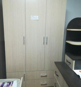 Шкаф 1.20 с ящиками