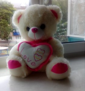 Продам мягкого плюшевого медведя