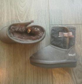 Угги детские,18-19 р,обувь на зиму