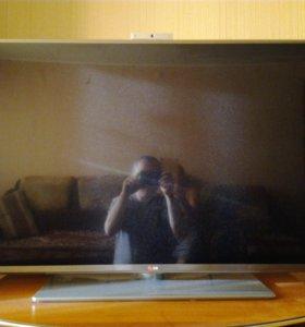 ТВ LG 47LB650V