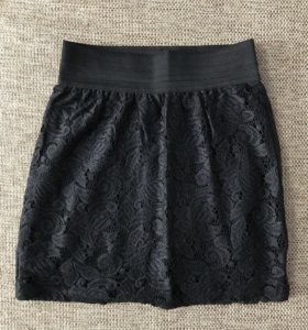 Кружевная мини-юбка