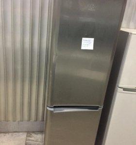 Холодильник с на