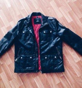 Новая  куртка.Кожанка