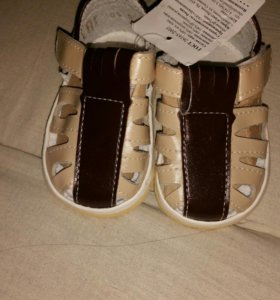 Новые сандали Размер 20