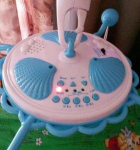 Музыкальная игрушка над кроваткой