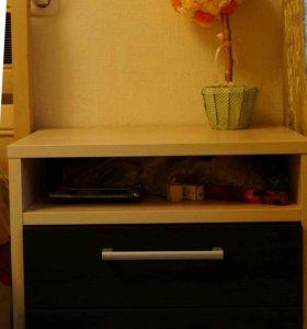 Шкафы и тумба