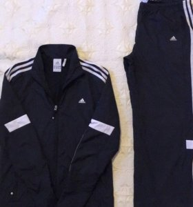 Спортивный костюм Adidas,42-44р.