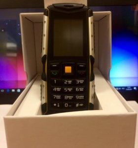 Новый противоударный телефон