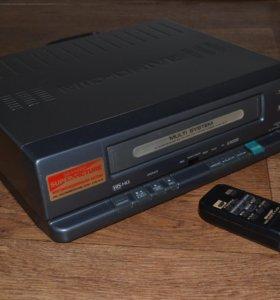 Видео кассетный проигрыватель