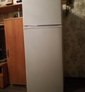 Двухкамерный холодильник Dexp TF210D