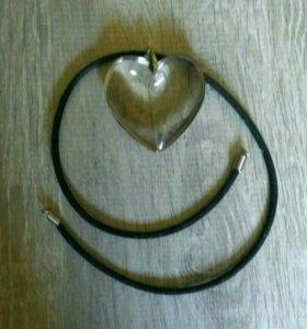 Кулон на шею и браслет на руку