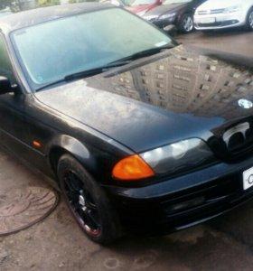 BMW 318 1999 год