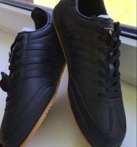 Новые кожаные мужские кроссовки ,44 размер