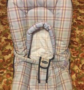 Детское кресло-шезлонг для младенца