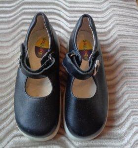 Туфли для девочек,новые,Испания,р.26