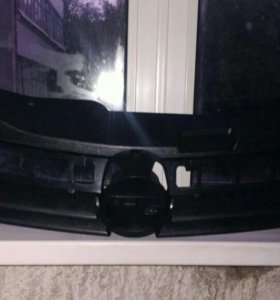 Решётка радиатора Opel Astra H 5D