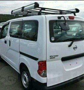 Багажник на Nissan NV200