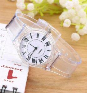 Часы женские силиконовые