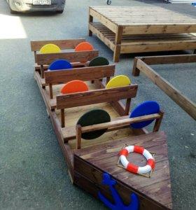 Деревянная лодочка для малышей