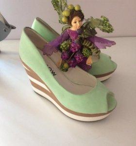 Туфли на платформе (по цене можно договориться)
