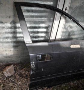 Передняя правая дверь Hyundai Elantra 3