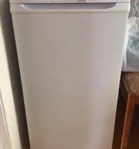Холодильник Бирюса r106c