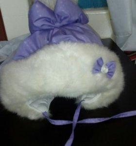 Зимняя шапка.До года