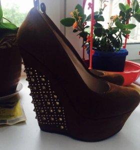 Туфли новые продам или обменяю на др обувь!