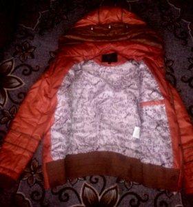 Продам осеннюю куртку ! Состояние отличное!!!