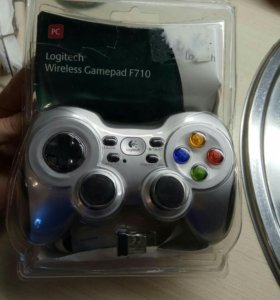 Джойстик Logitech Wireless Gamepad F710