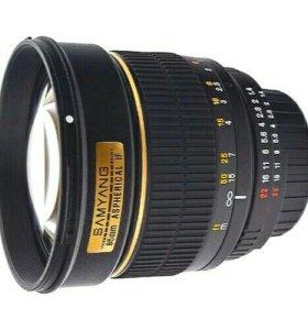Samyang 85mm f/1.4 для Canon