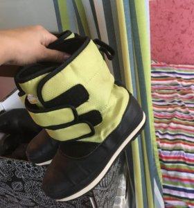 Детские ботинки на зиму 34 р.
