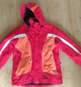 Женская горнолыжная куртка IcePeak