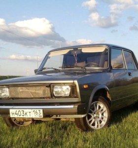 Продам машину 2010 года выпуска.