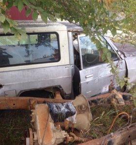 Кунг пластиковый Nissan Safari